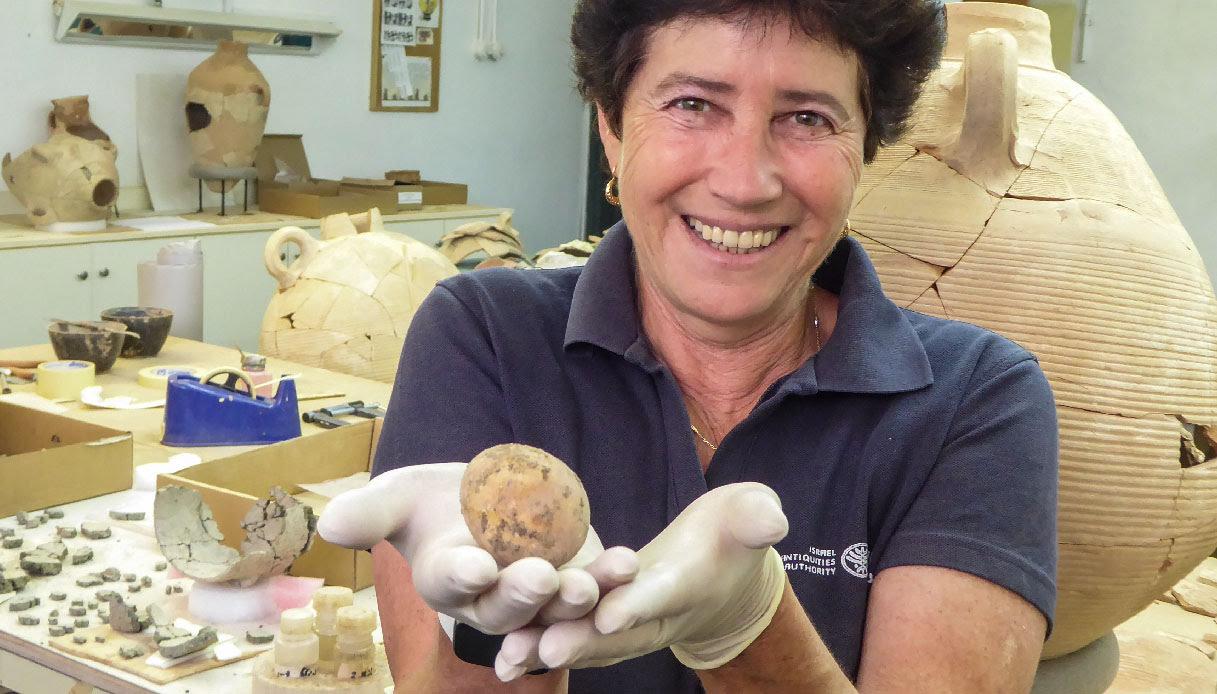 archeologa israele uovo